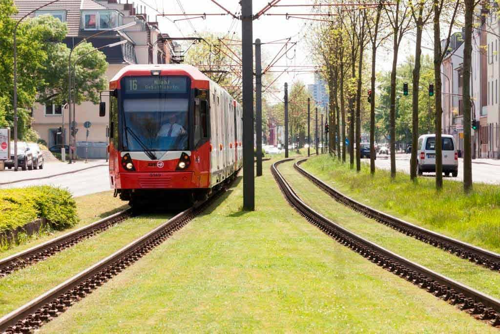 Linie 16: Kein durchgehender Verkehr bis Bonn aufgrund von Gleisbauarbeiten copyright: Christoph Seelbach / Kölner Verkehrs-Betriebe AG
