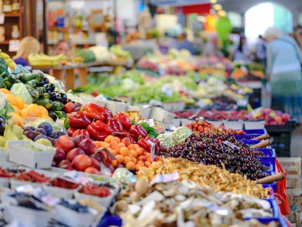 Große Nachfrage auf den Kölner Wochenmärkten copyright: pixabay.com
