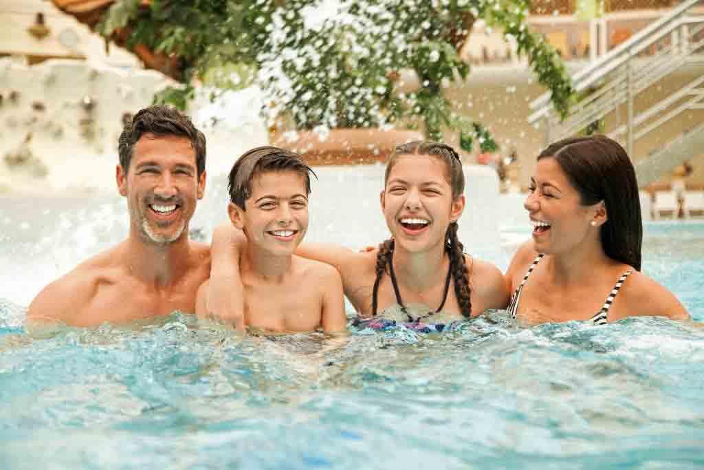 Kurzurlaub für einen Tag: Das Erlebnisbad AQUALAND in Köln copyright: Aqualand Freizeitbad am Fühlinger See GmbH & Co KG