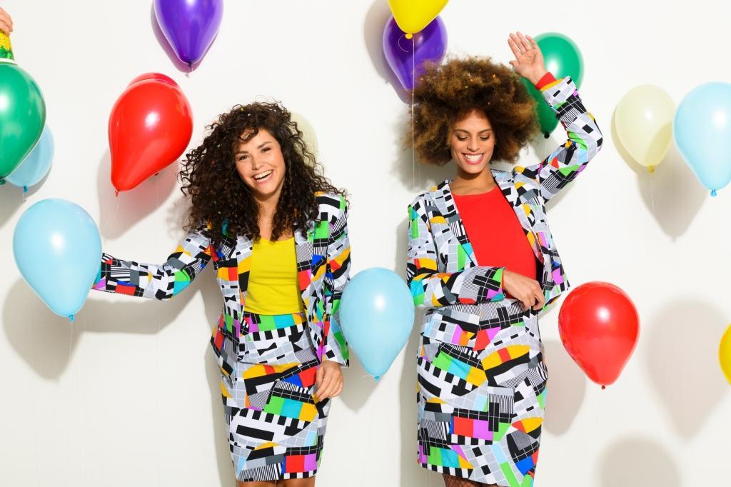 Mit den Kostümen von OppoSuits ist man garantiert ein jecker Hingucker! - copyright: OppoSuits B.V.