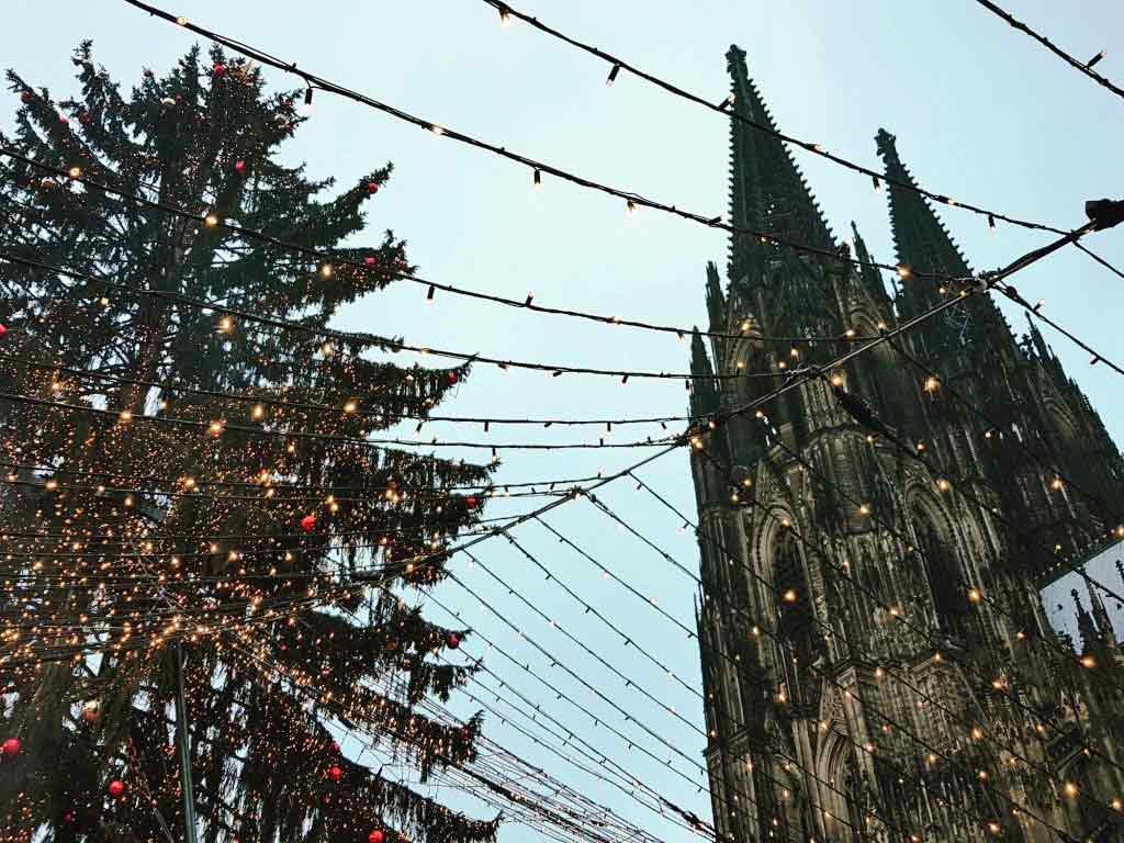 Die Stadt Kölnbietet zur Weihnachtszeit einen umfangreichen Verkehrsservice vor Ort an. copyright: CityNEWS