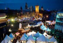 Vor malerischer Kulisse direkt am Rhein wird der Kölner Hafen-Weihnachtsmarkt am Schokoladenmuseum auch in diesem Jahr das weihnachtliche Köln wieder um eine maritime Facette bereichern. copyright: Kölner Hafen-Weihnachtsmarkt