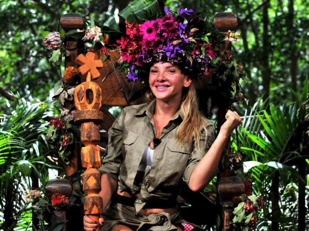Evelyn Burdecki zeichnete sich bereits im Vorfeld als Favoritin auf die Dschungelkrone 2019 ab. Foto: MG RTL D / Stefan Menne Alle Infos zu Ich bin ein Star - Holt mich hier raus! im Special bei RTL.de