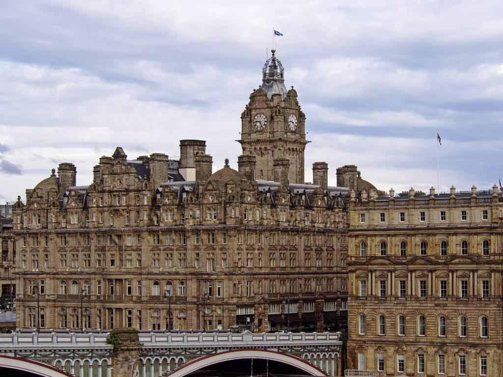 The Balmoral Hotel in Edinburgh copyright: pixabay.com