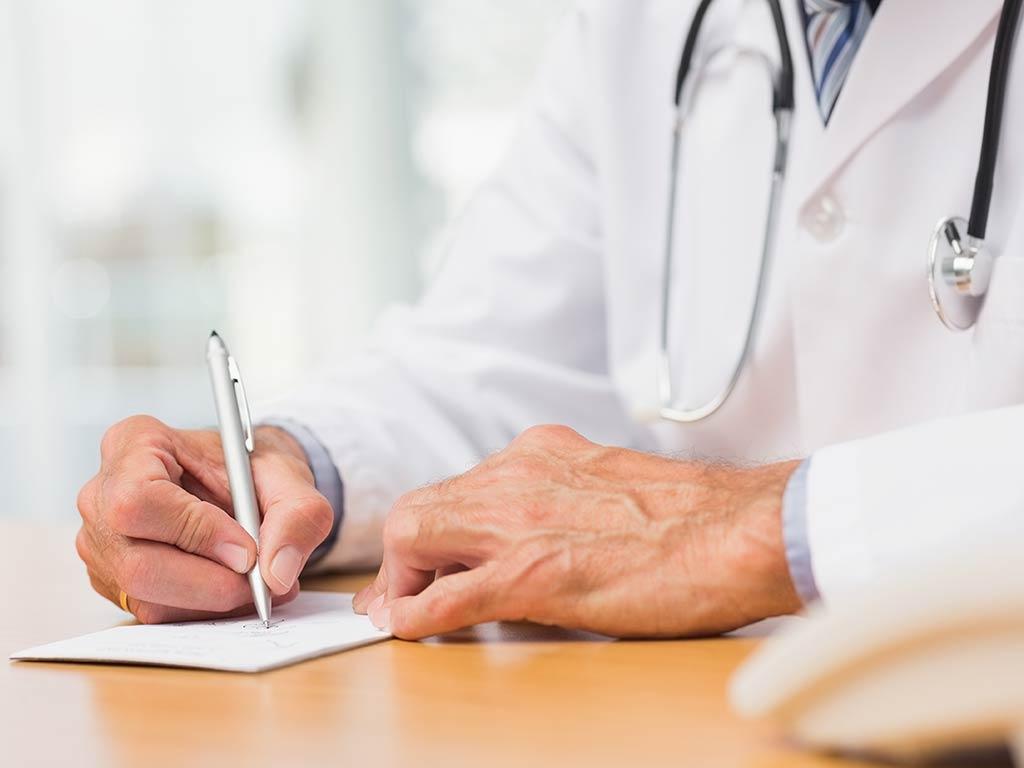 Ziehen Sie bei Verdacht auf OSAS daher unbedingt einen Arzt zu Rate. copyright: Wavebreakmedia Ltd / Kollektion: Wavebreak Media