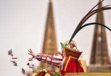 """Rosenmontag heißt es: """"D'r Zoch kütt!"""" copyright: Festkomitee Kölner Karneval"""