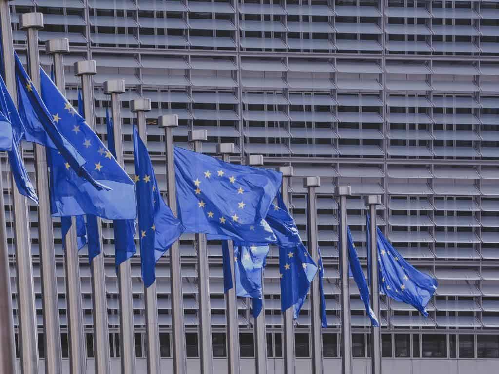 Ob die EU-Urheberrechtsreform als Komplettpaket mit den umstrittenen Artikeln 11 und 13 verabschiedet wird, ist noch fraglich. copyright: pixabay.com