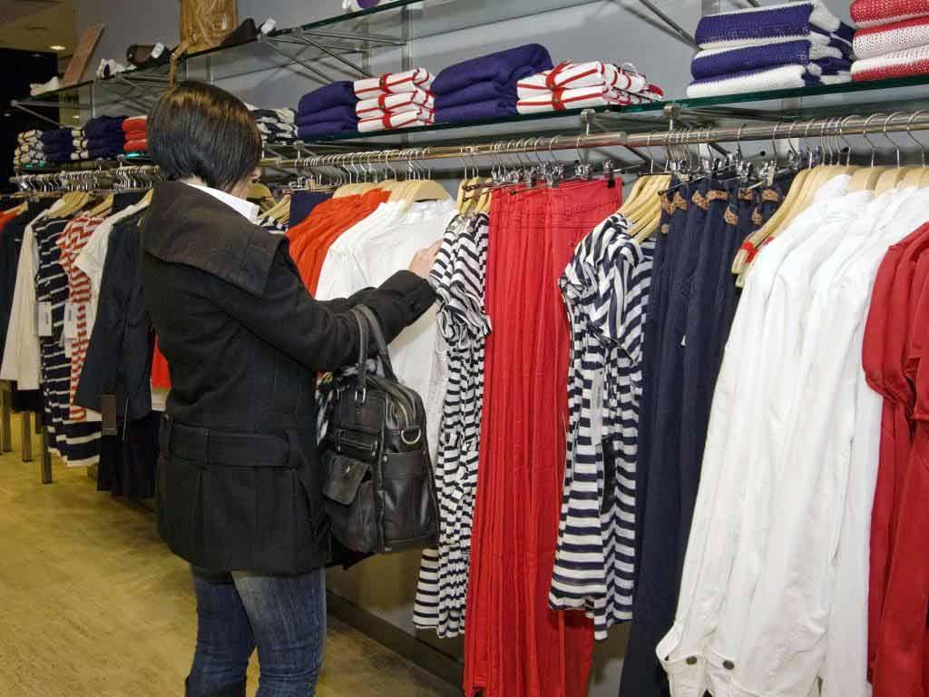 Einige Modeketten im Verdacht, mit der Kleidergrüße zu tricksen, um die richtige Zielgruppe anzusprechen. copyright: pixabay.com