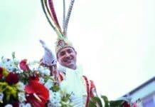 Prinz Marc I. freute sich über einen tollen und jecken Kölner Rosenmontagszug 2019. copyright: Costa Belibasakis / Festkomitee Kölner Karneval