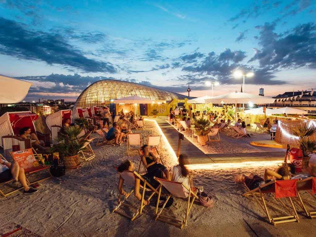 SonnenscheinEtage: Der Strand über den Dächern der Domstadt copyright: Sion Kölsch