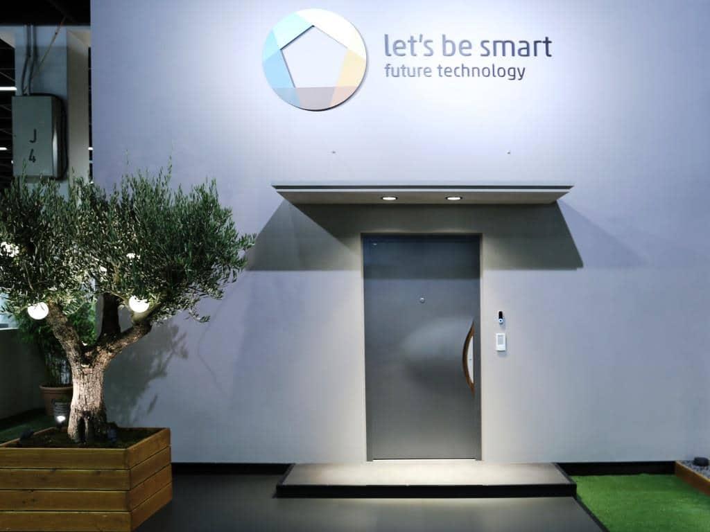 Smarte und komfortable Sicherheit copyrights: Let´s be smart / Koelnmesse GmbH
