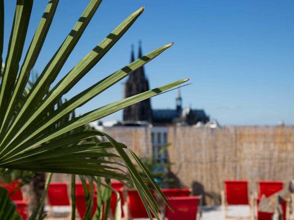 Karibik-Feeling in der Rheinmetropole: Die Kölner SonnenscheinEtage lädt zum Kurzurlaub mitten in der Domstadt. copyright: CityNEWS / Alex Weis