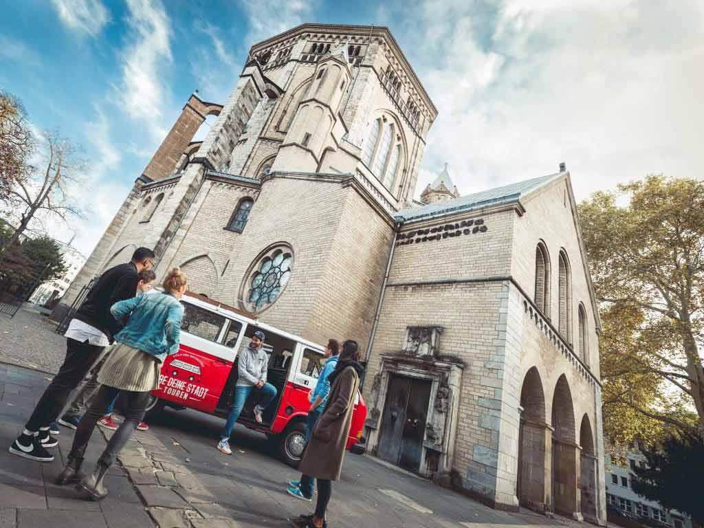 Mit CityNEWS im VW-Bulli zum Sightseeing durch Köln copyright: LiebeDeineStadt-Touren