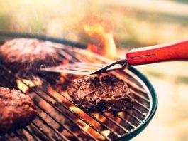 Holz, Kohle oder Gas: Womit grillt es sich am Besten beim BBQ? copyright: Envato / Anna_Om