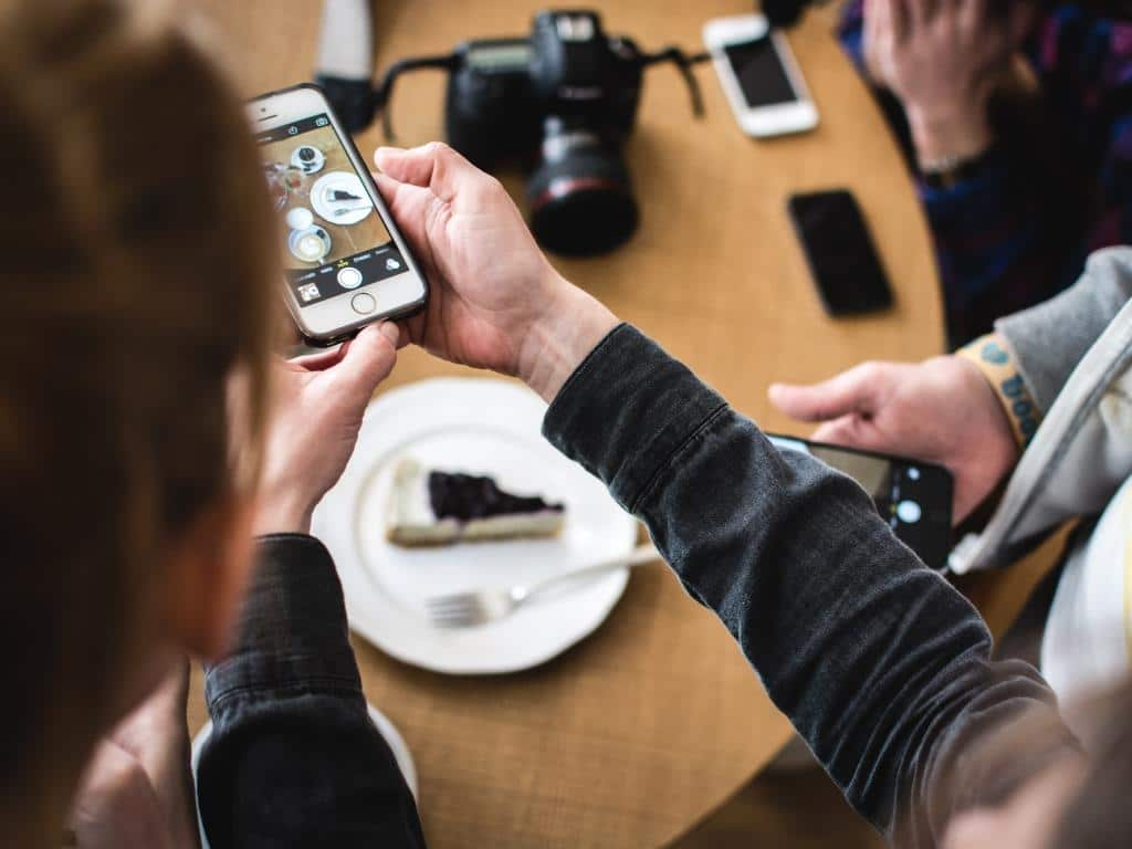 Foodstagram und Co. als Plattform für Restaurants copyright: Envato / kapusnak