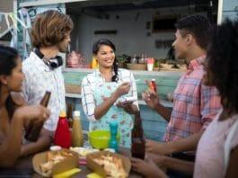 CityNEWS-Event-Tipps: Den Sommer in Köln kulinarisch genießen copyright: Envato / Wavebreakmedia