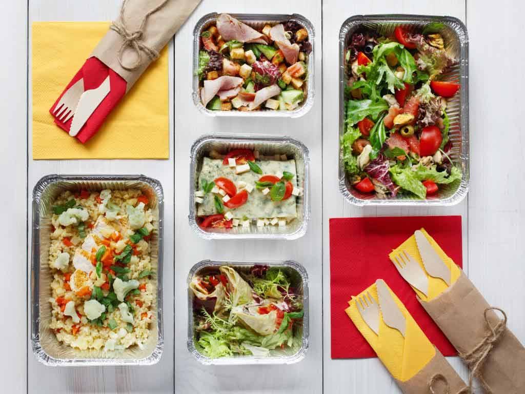 Immer mehr Restaurants dem Delivery-Markt an. copyright: Envato / Prostock-studio