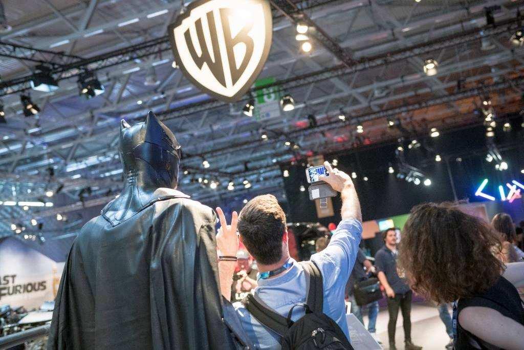 Ein Selfie mit dem Lieblingshelden? Auf der Comic Con - CCXP Cologne 2019 kein Problem! copyright: Koelnmesse GmbH / Oliver Wachenfeld