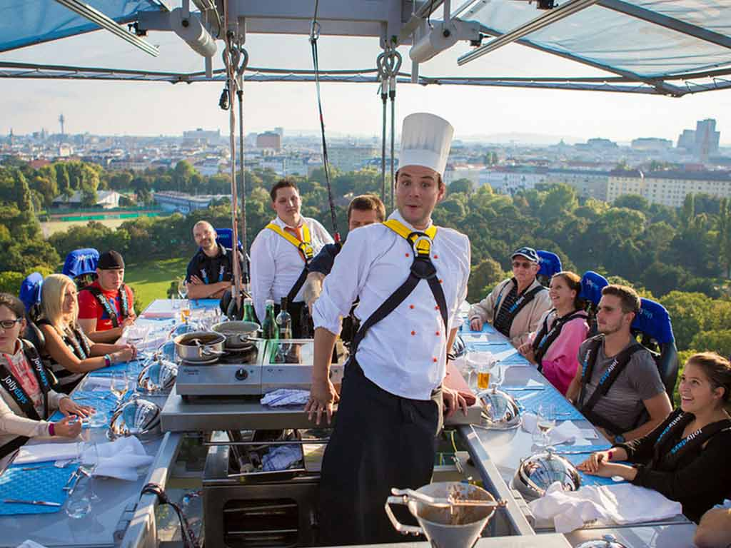 Gewinnspiel: Mit CityNEWS ein Dinner über den Dächern von Köln erleben!