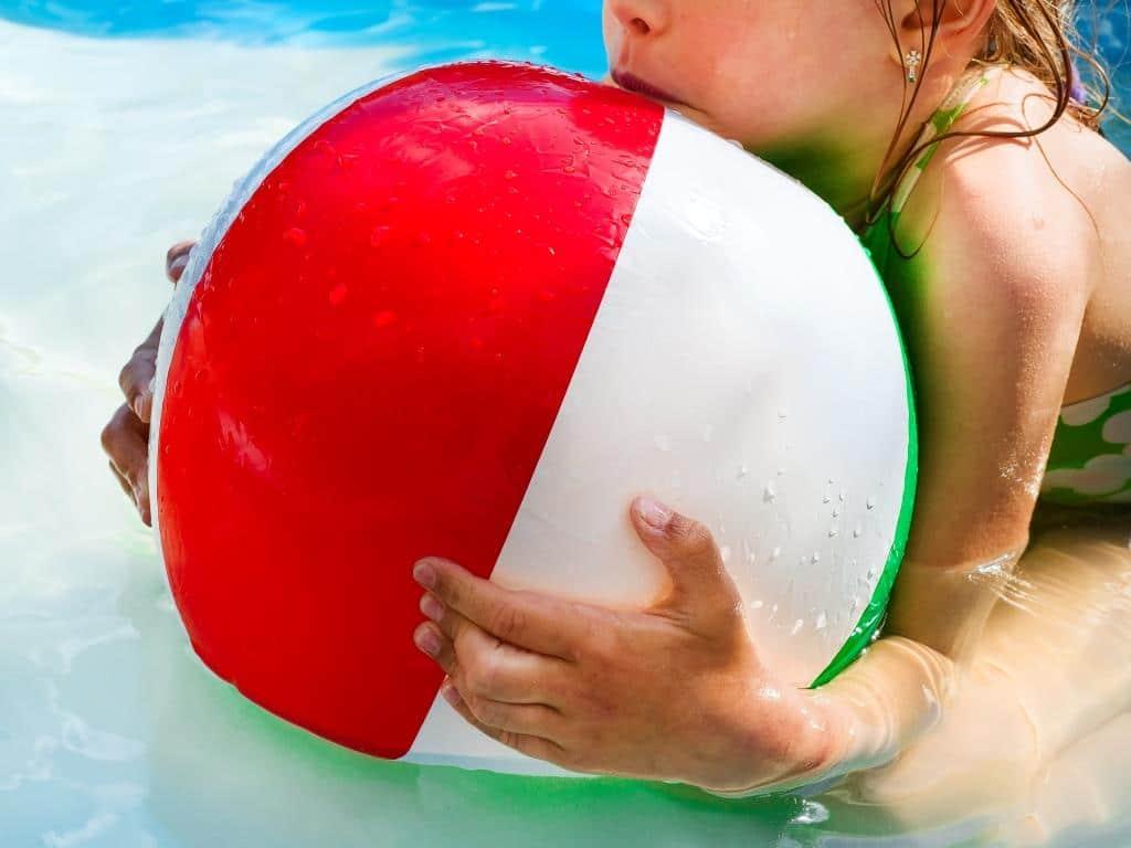 Wasserspielplatz am Grüngürtel soll für Abkühlung und Spaß im Sommer sorgen copyright: Envato / lyulkamazur