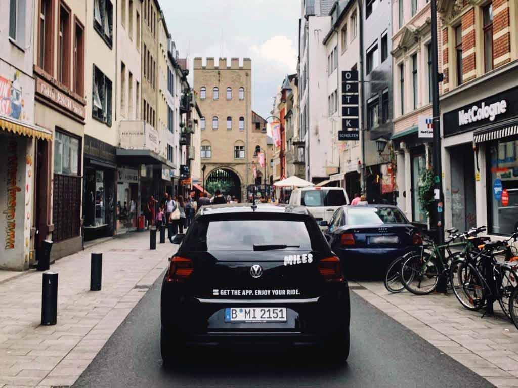 Das Unternehmen geht mit 125 Autos im Kölner Stadtgebiet an den Start. copyright: MILES Mobility GmbH