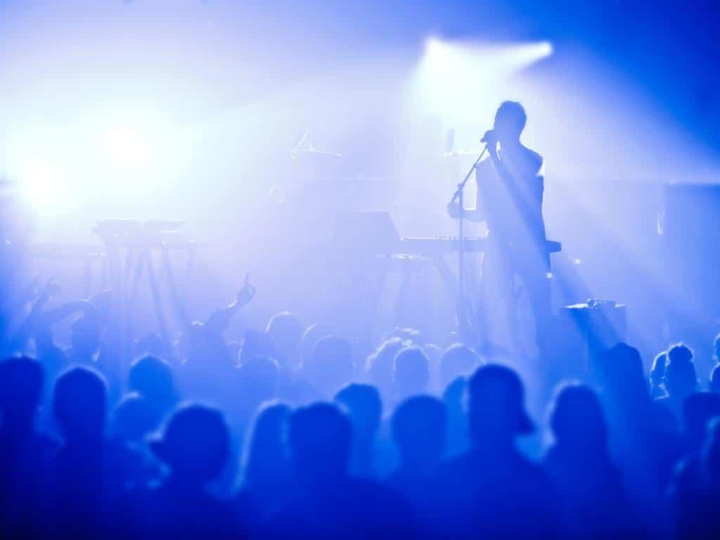 Unter anderem wird es ein musikalisches Bühnenprogramm beim Fest geben. copyright: Envato / aetb