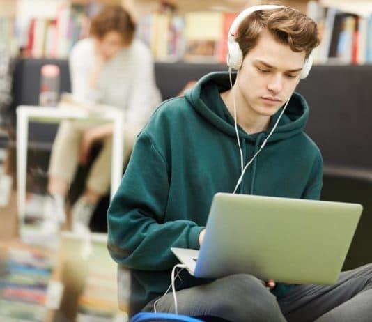 Musik kann die Konzentration und Gedächtnisleistung steigern copyright: Envato / seventyfourimages