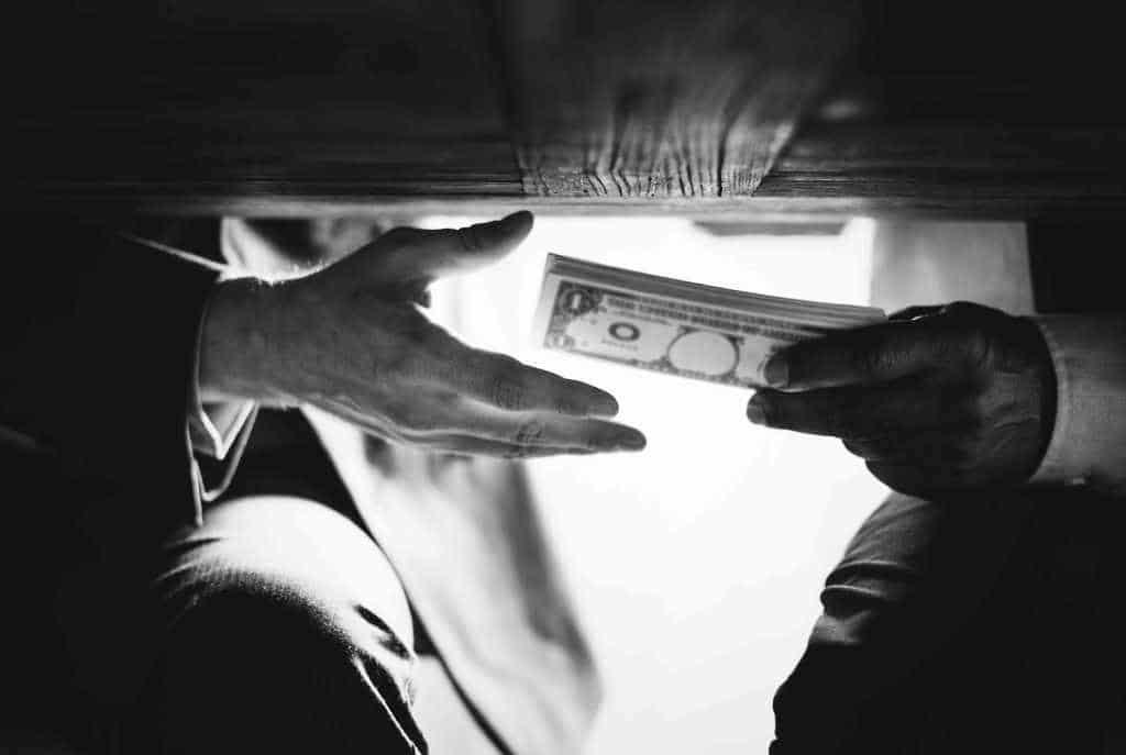 Rund 2,9 Millionen private Haushaltshilfen arbeiten illegal. copyright: Envato / Rawpixel