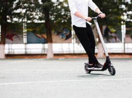 E-Scooter in Köln: Verstöße und Unfälle von Elektro-Rollern im Minutentakt copyright: Envato / leikapro