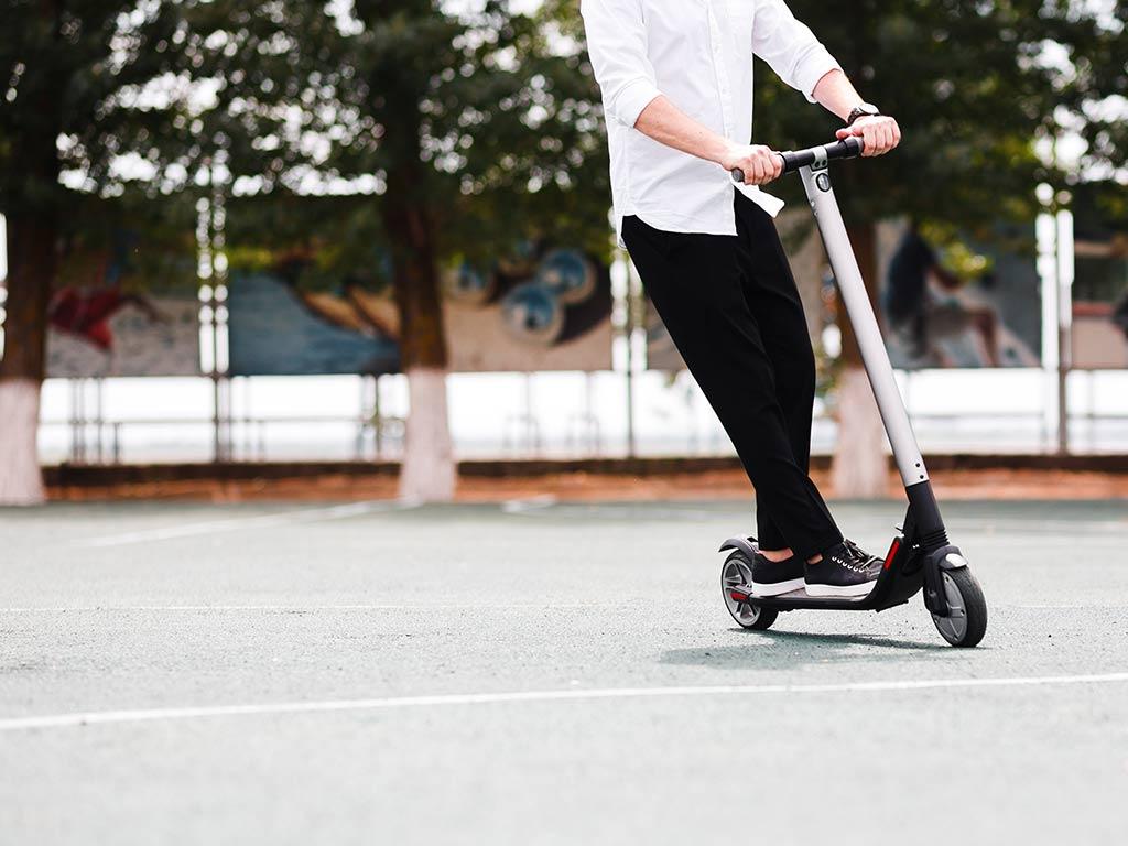 E-Scooter in Köln: Verstöße von Elektro-Rollern im Minutentakt
