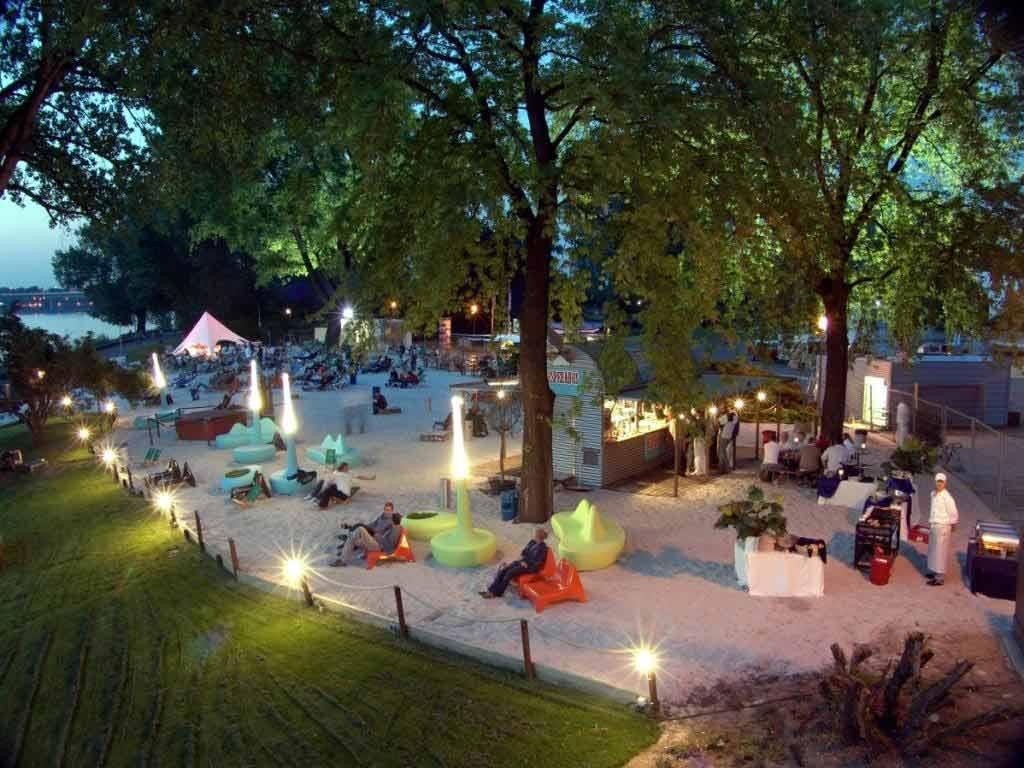 Im km 689 Cologne Beach Club lassen sich Events mit Karibik-Feeling direkt am Kölner Rheinufer umsetzen. copyright: KölnKongress GmbH