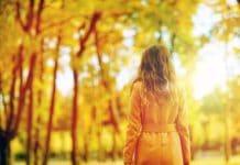 Das sind die Herbst-Trends 2019: So kommt man stylisch durch die kühle Jahreszeit! copyright: Envato / dolgachov