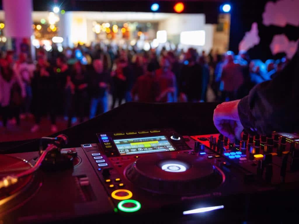Zur Kölner Museumsnacht 2019 gehören auch Partys dazu! copyright: Christoph Stallkamp
