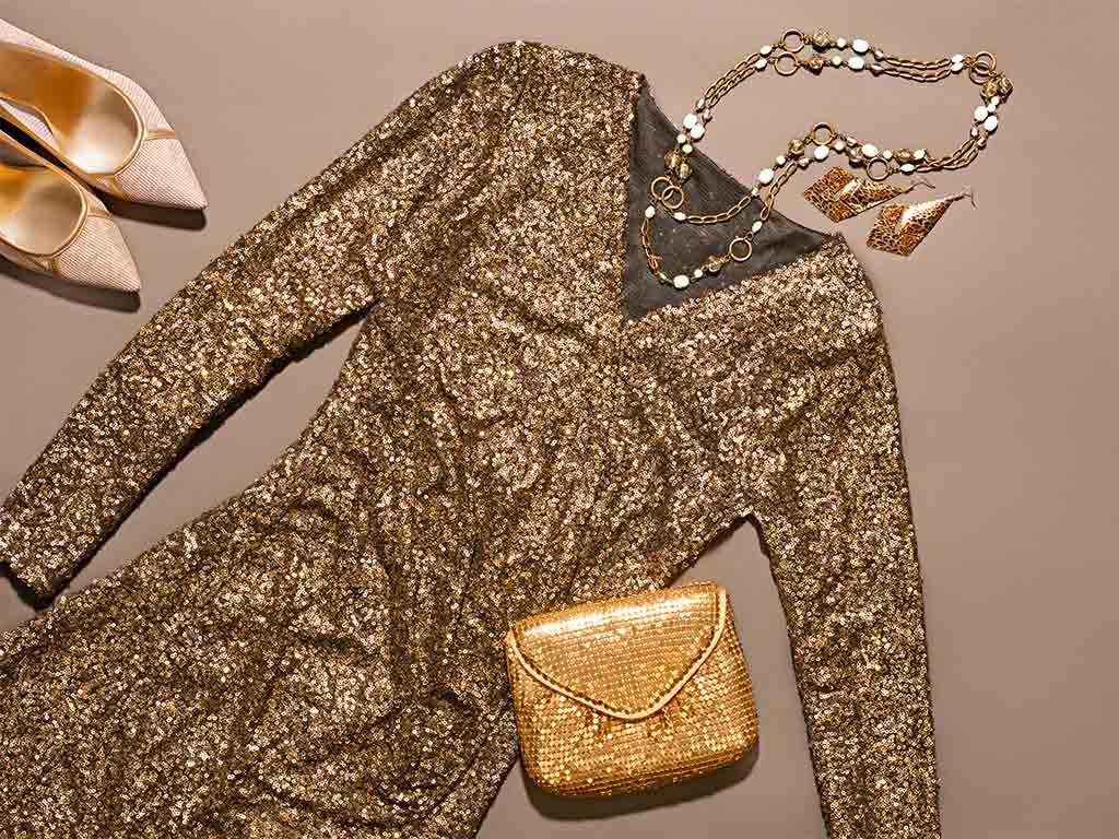 Mit den richtigen Accessoires wird das outfit perfekt! copyright: Envato / 918Evgenij