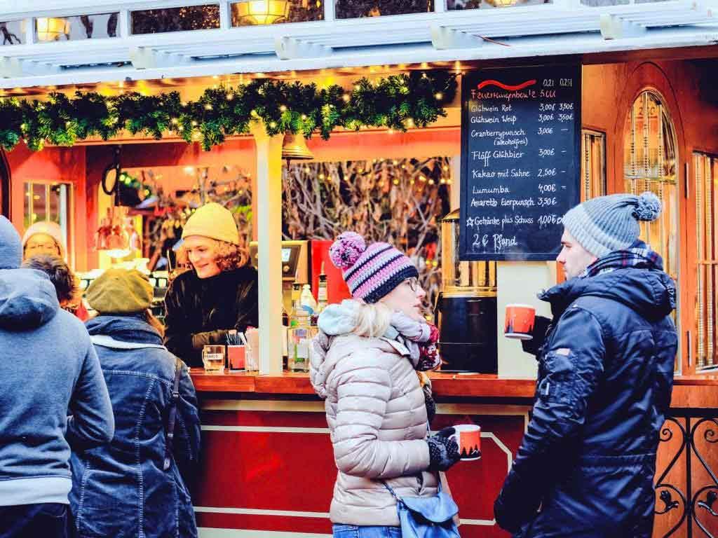 Weihnachtsmarkt im Herbrand´s: Kultur und Kulinarik in Köln-Ehrenfeld copyright: Roland Breitschuh