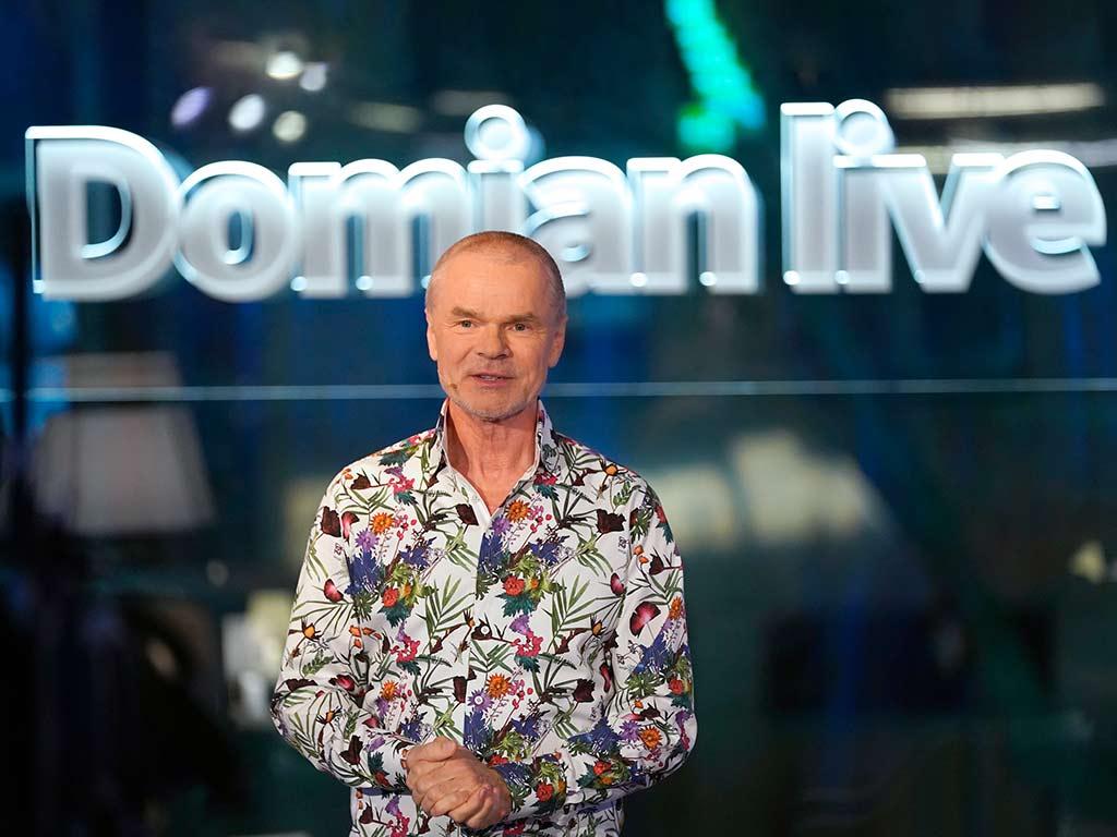 """Die Sendung """"Domian live"""" kehrt ins WDR Fernsehen zurück und wird auch 2020 fortgesetzt. copyright: WDR / Ben Knabe"""