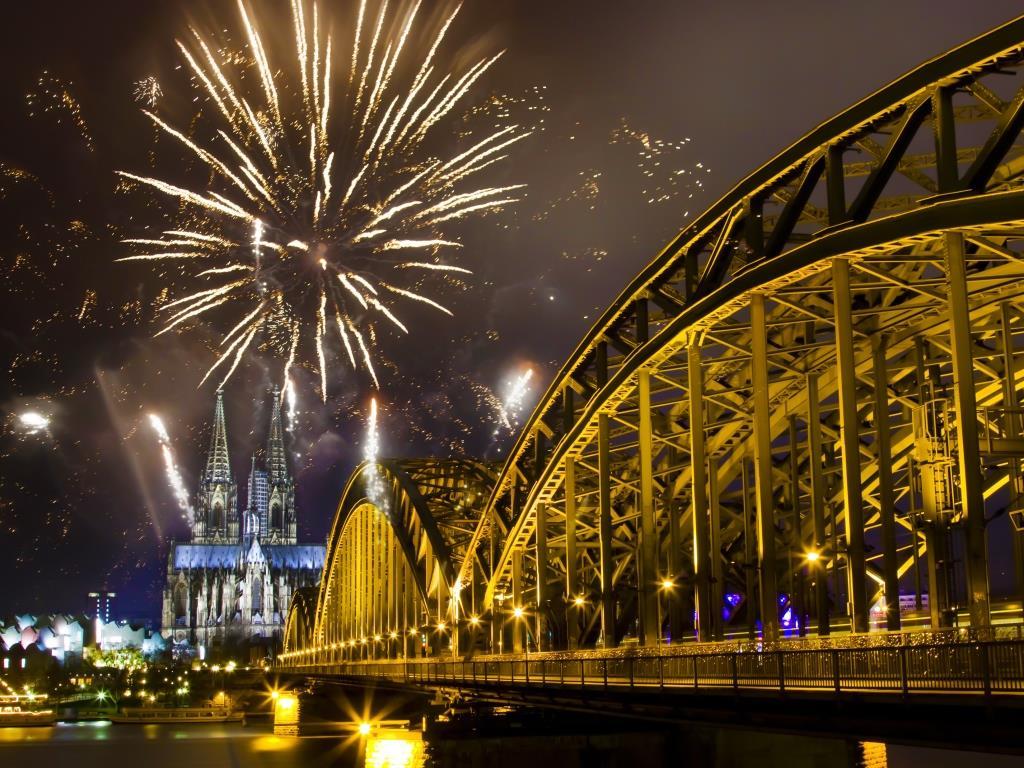 Solch ein Feuerwerk-Spektaktel wird in Köln dieses Silvester wohl nicht stattfinden.