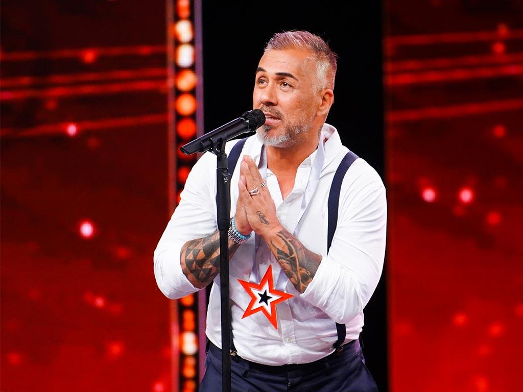 """Mike Leon Grosch hat einen """"Supertalent-Stern"""" erhalten und damit die Chance, in die engere Auswahl für das Finale zu kommen. copyright: TVNOW / Stefan Gregorowius"""