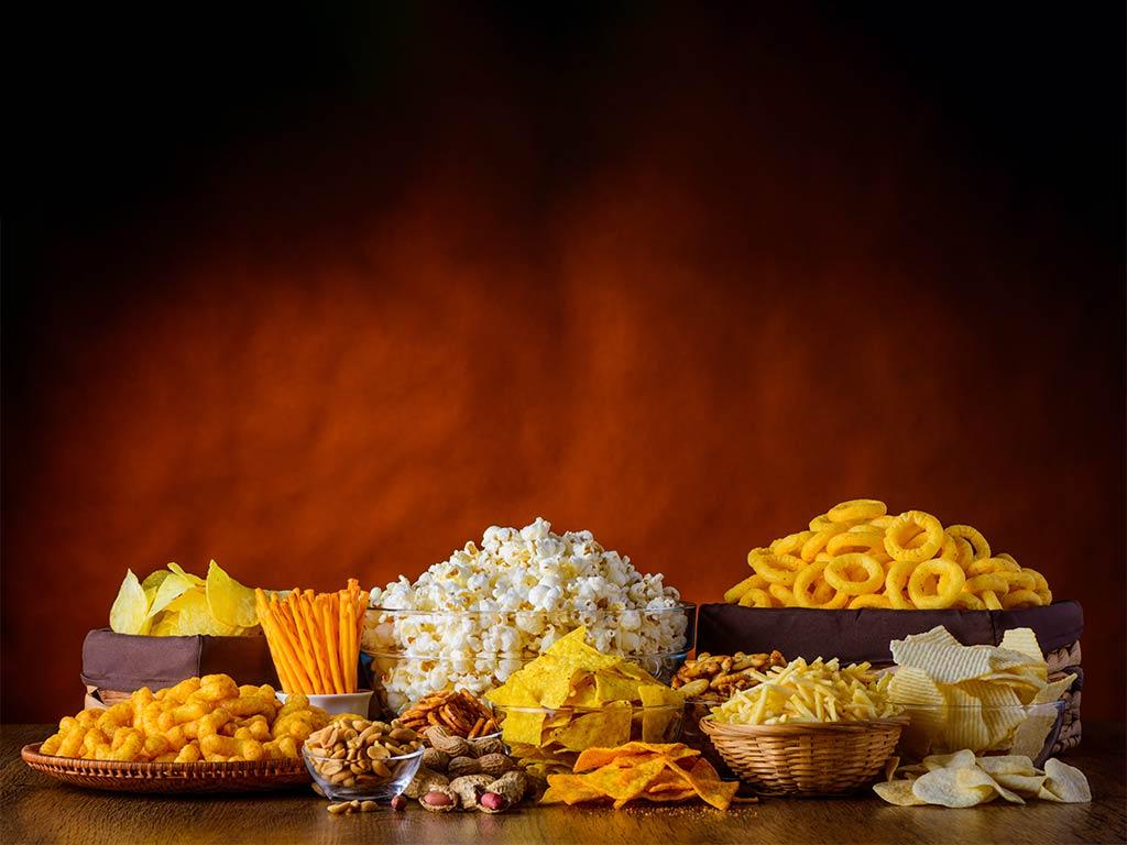 Chips und Snacks mal anders: Klebrig, knackig, knusprig copyright: Envato / oizostudios