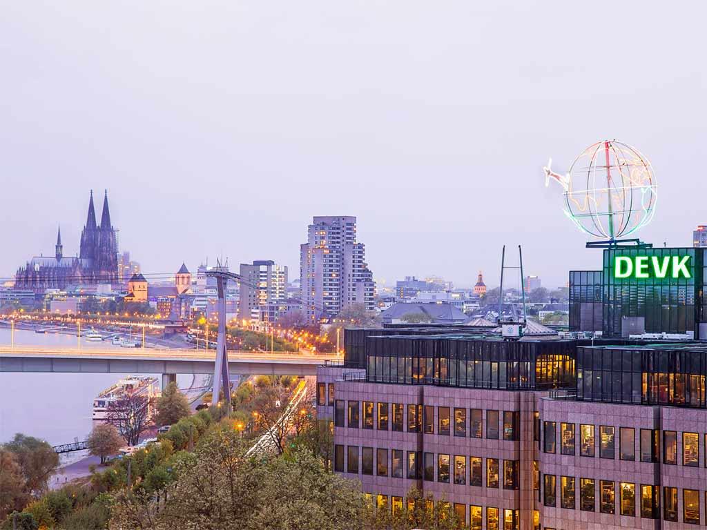Die DEVK betreut rund vier Millionen Kunden in Deutschland. copyright: DEVK