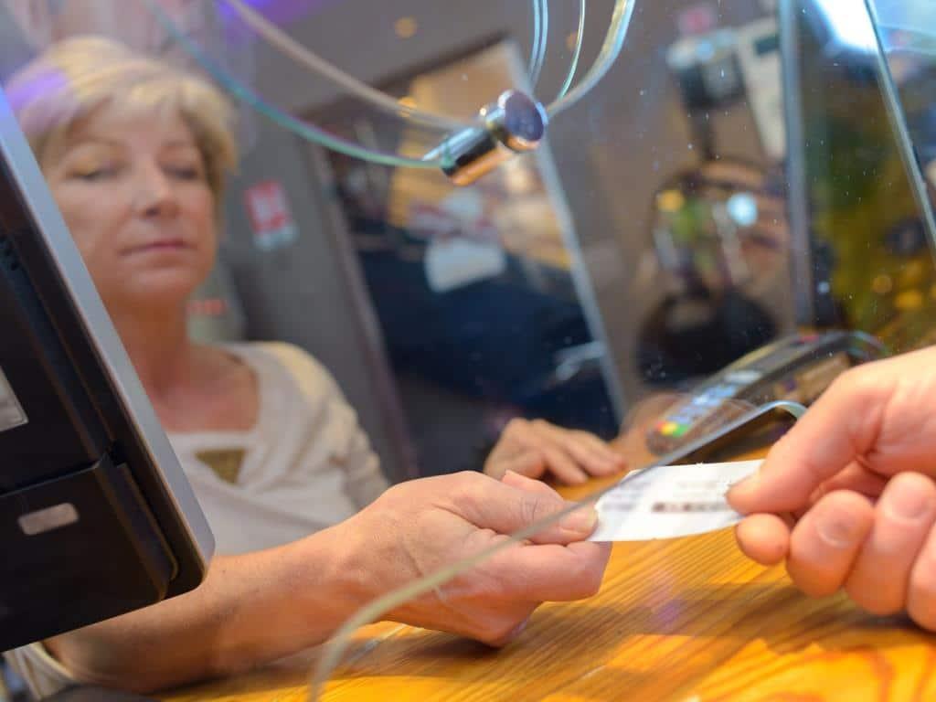 Regelung zur Erstattungen von Tickets copyright: Envato / Phovoir