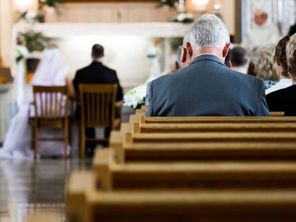Bei Hochzeiten in Köln sind ab sofort nur noch die engsten Zeugen zugelassen. copyright: Envato / aetb