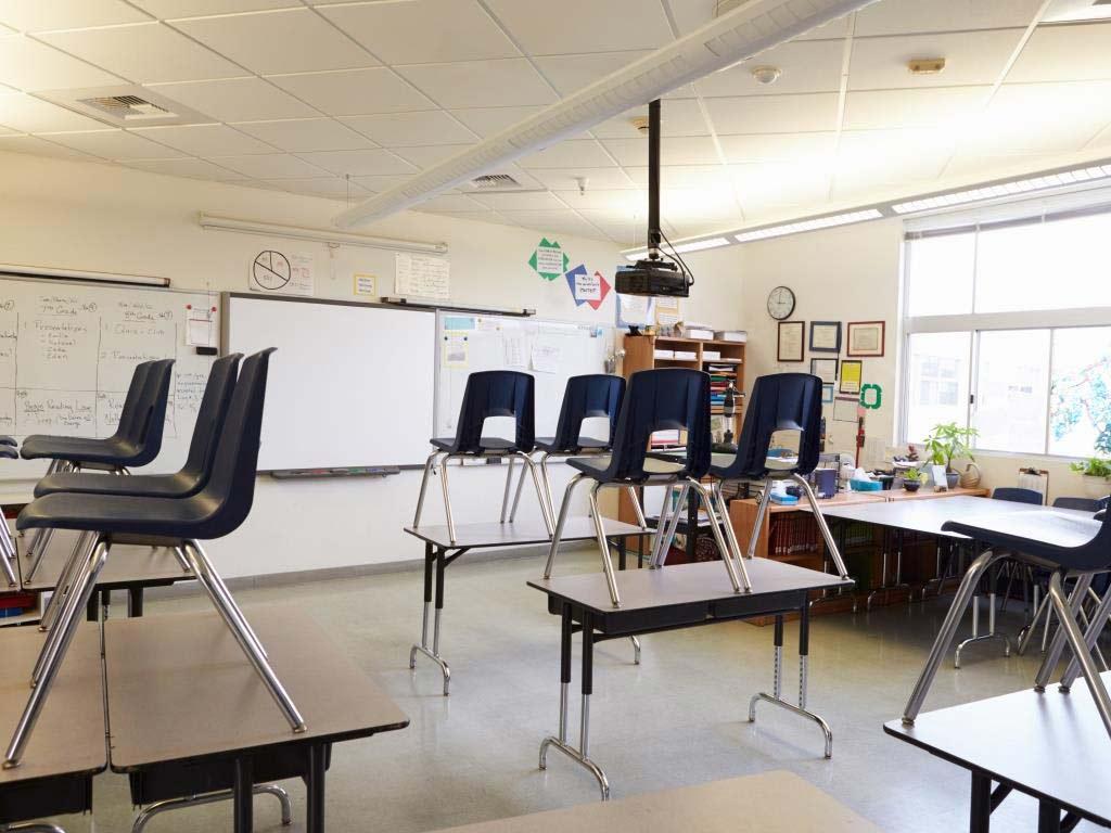 Alle Schulen in ganz NRW werden wegen der Ausbreitung des Coronavirus geschlossen. copyright: Envato / monkeybusiness