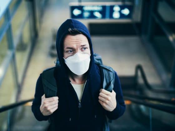 Jetzt doch: Die Maskenpflicht für Mund und Nase kommt! copyright: Envato / Chalabala