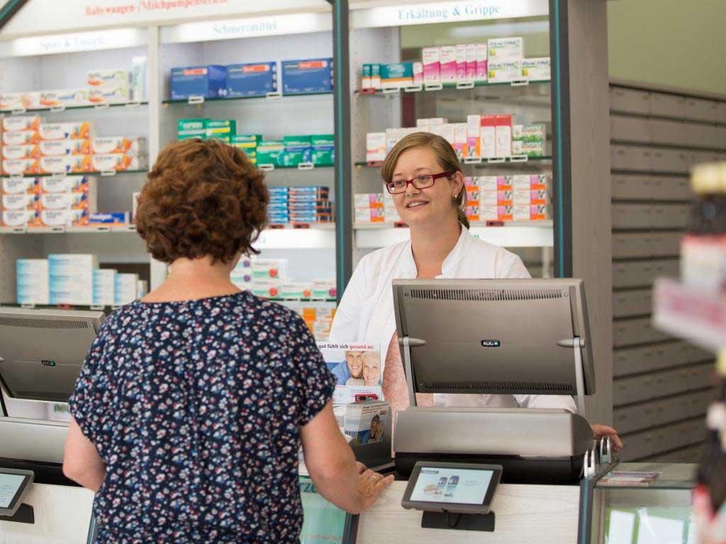 Die persönliche und kompetente Kundenberatung steht in der Böcking-Apotheke immer an erster Stelle. copyright: Alex Weis / CityNEWS