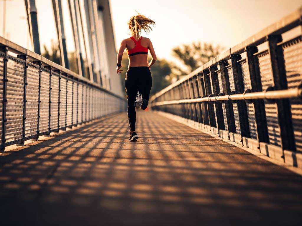 Sport treiben für ein bisschen Normalität im Corona-Alltag - copyright: Envato / bernardbodo