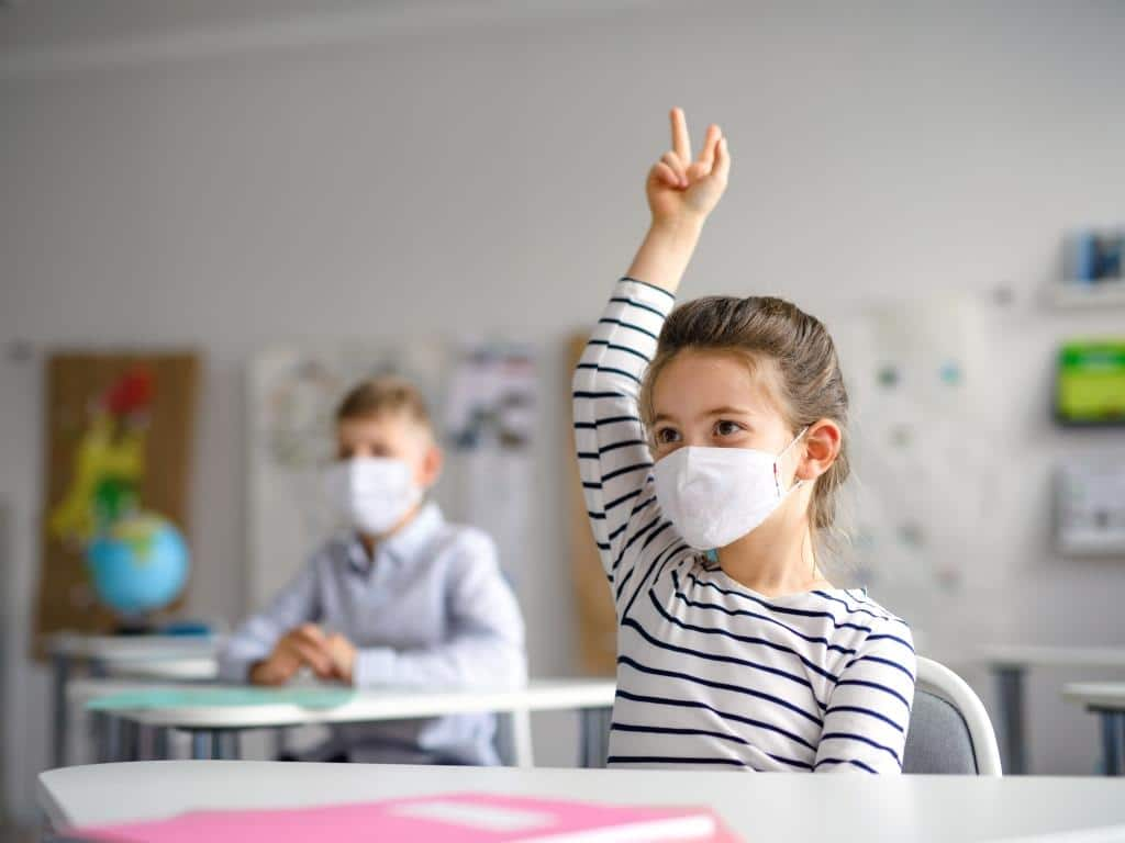 Stadt Köln erarbeitet Corona-Schutzkonzept für geöffnete Schulen und Kitas