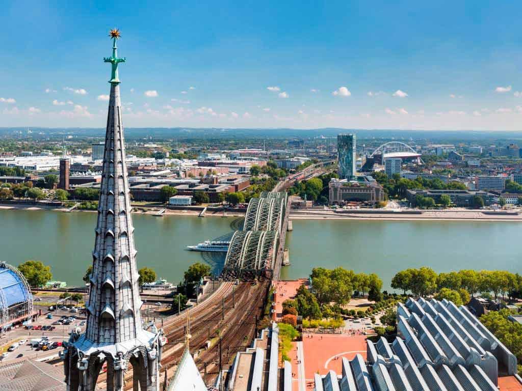 Bezahlbarer Wohnraum in Köln? Immobilien-Experte Birger Dehne zur aktuellen Lage.