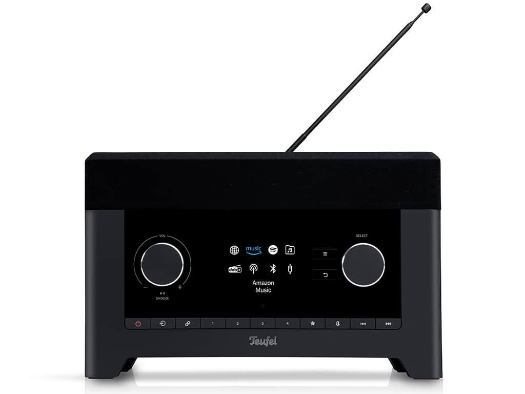 Das Radio präsentiert sich im schicken und angesagten Retro-Design.