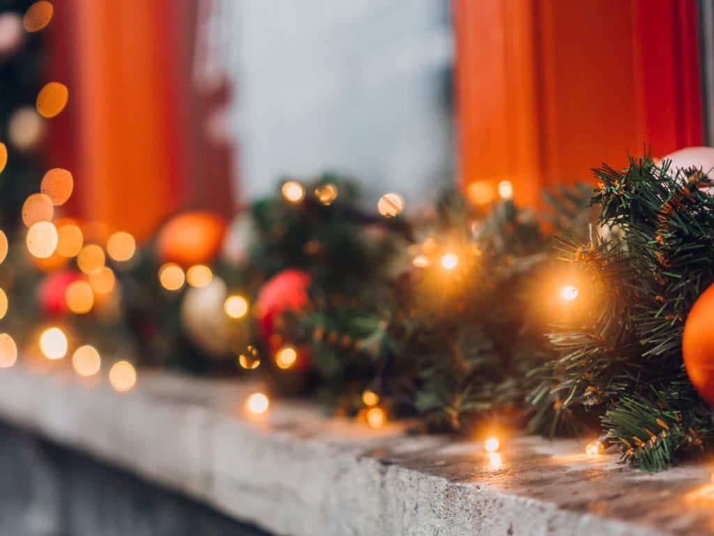 Auch Deko-Muffel können mit wenig Aufwand stimmungsvolle Weihnachts-Atmosphäre ins Zuhause bringen.